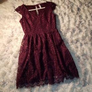 Dresses & Skirts - Xhiliration Mid-Length Lace Dress